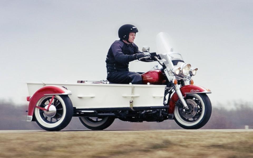 Uitvaartvervoer I Het laatste ritje met de motor